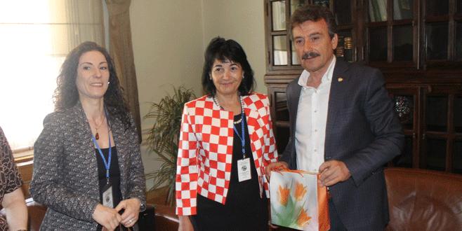 Romanyalı öğrencilerden Yenişehir'e ziyaret