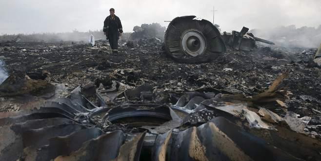 '298 kişiye mezar olan uçağı savaş uçağı düşürdü'