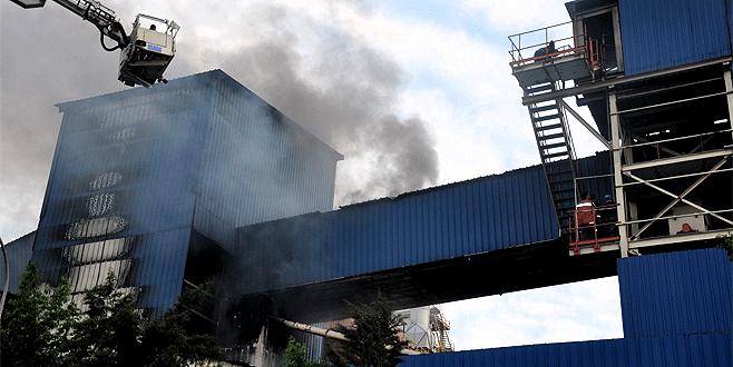 Bursa'da sunta fabrikasında yangın