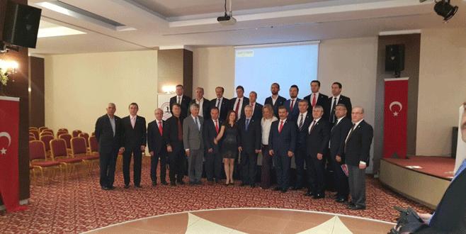 Mustafakemalpaşalılar'da yeni Başkan Atmaca oldu
