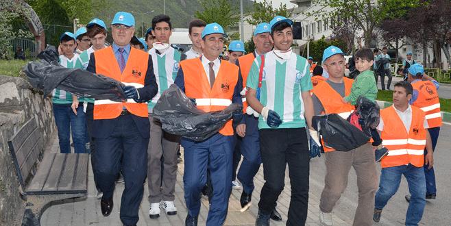 Edebali'den çevre temizliği harekâtı