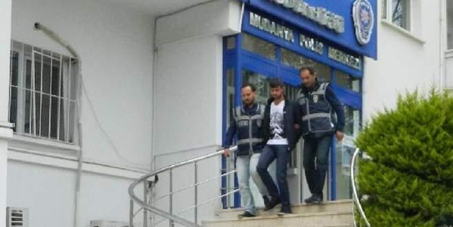 Bursa'da yaşlı kadını dolandırdı, İzmir'de yakalandı