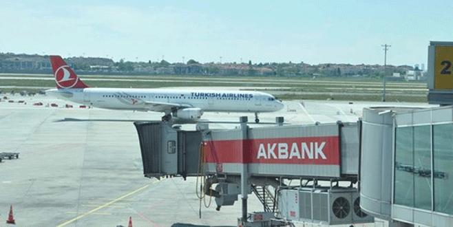 THY uçağı boşaltıldı