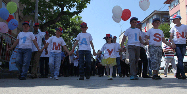 Bursa'da coşkulu 1 Mayıs kutlaması