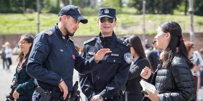 Çinli polislerin Roma görevi