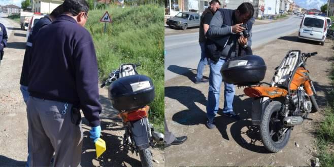 Bursa'da çaldıkları motosikleti yol kenarına bırakıp kaçmışlar