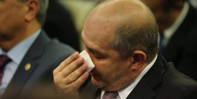 Davutoğlu konuşurken gözyaşlarını tutamadılar