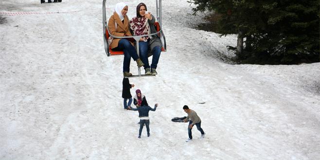 Uludağ'da kar kalınlığı 7 santimetre