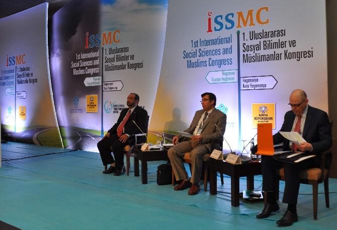 1.uluslararası Sosyal Bilimler Ve Müslümanlar Kongresi Devam Ediyor