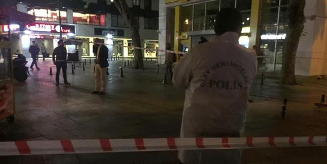 Taksicilerle dolmuşçular birbirine girdi: 1 yaralı
