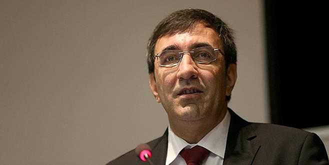 Faizsiz finans konusunda Türkiye olarak daha hızlı gelişmeliyiz