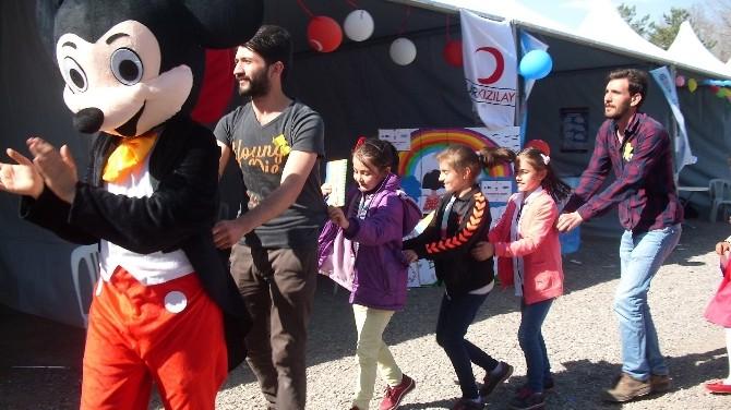 Oltu 25 Mart Öğrencileri Erzurum'da Gezdiler