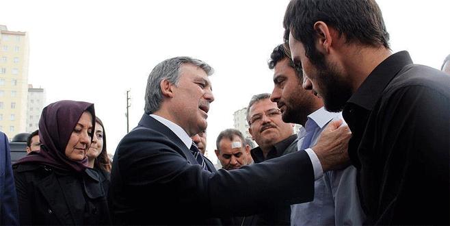 Abdullah Gül'den şehit ailesine taziye ziyareti