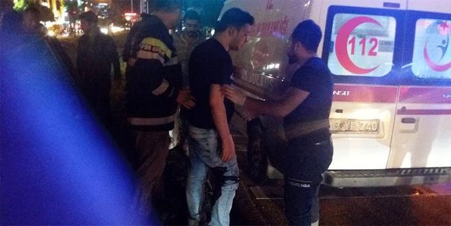 Bursa'da Beşiktaş'ın şampiyonluğunu kutlarken bıçaklandı