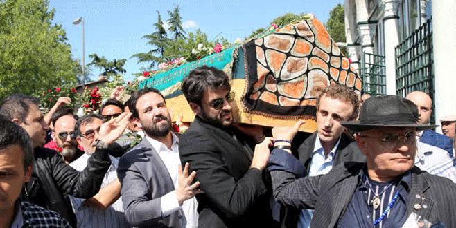 Oya Aydoğan son yolculuğuna uğurlandı