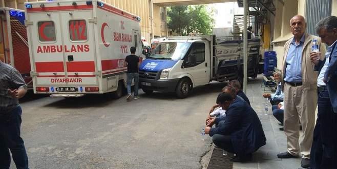 Sur'daki patlamada ölenlerin cenazeleri ailelerine teslim edildi