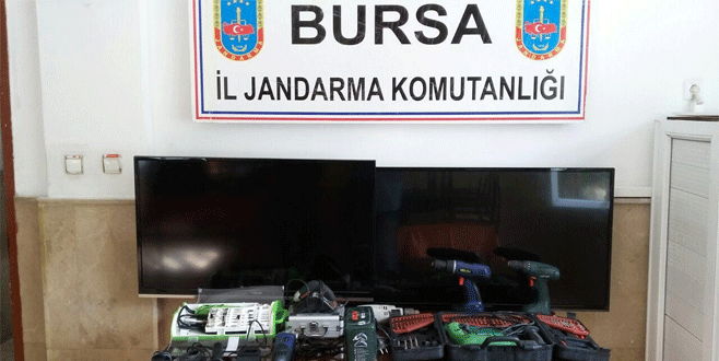 Mudanya'da yazlık evleri soyan hırsızlar yakalandı