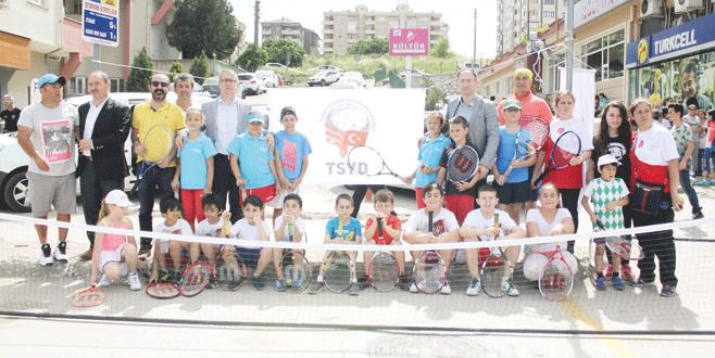 FSM'de tenis keyfi