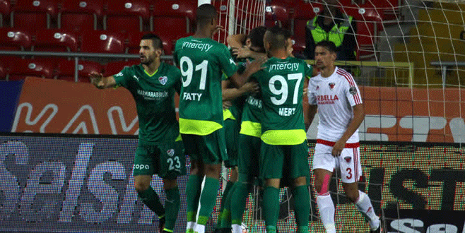 Mersin İdmanyurdu – Bursaspor maçından kareler