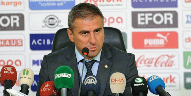 Hamzaoğlu: 'Genç kardeşlerimi tebrik ediyorum'