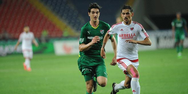 Bursaspor'a yeni yıldız! 1 sezonda 27 gol!