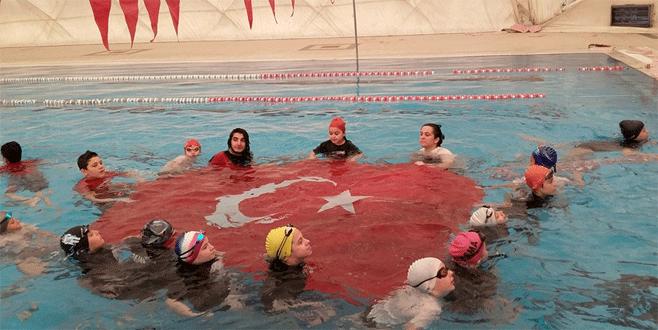 Osmangazili kulaçların 19 Mayıs coşkusu