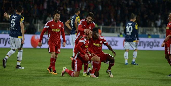 Medicana Sivasspor 2-2 Fenerbahçe