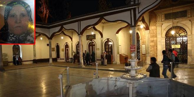 Tarihi camide namaz kılarken hayatını kaybetti