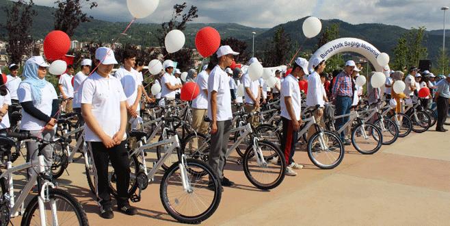 Halk Sağlığı'ndan gençlere bisiklet