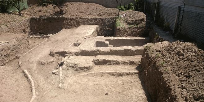 Bursa'da inşaat kazısından tarih çıktı