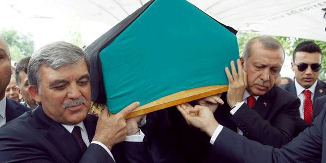 Erdoğan ve Gül uğurladı