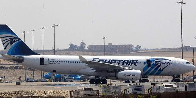 Düşen Mısır uçağının ELT cihazının yeri tespit edildi