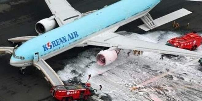 302 Yolcu taşıyan uçakta yangın çıktı