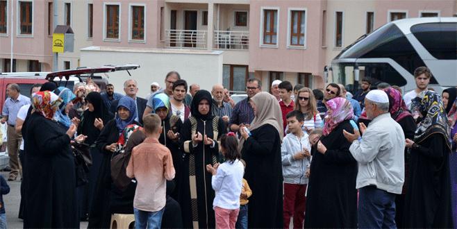 Bursa'dan dualarla uğurlandılar