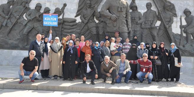 Orhangazililer'den şehitlik ziyareti
