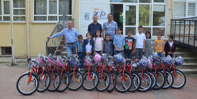 15 öğrenciye bisiklet