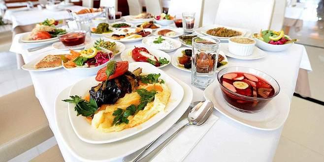 İşte dört kişilik bir ailenin iftar sofrasının maliyeti