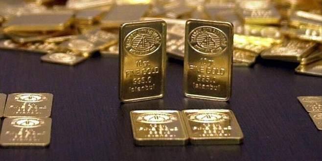 Altın 3,5 ayın en düşüğünü gördü