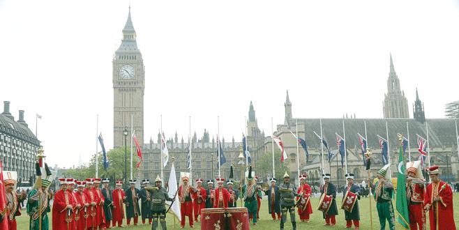 İngiltere'de 'Bursa Mehter Takımı' rüzgarı