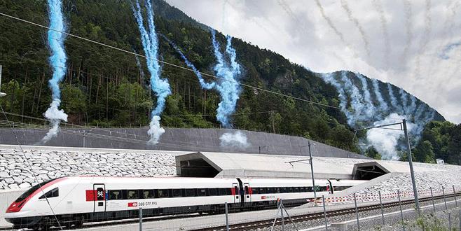 Dünyanın en uzun demiryolu tüneli açıldı