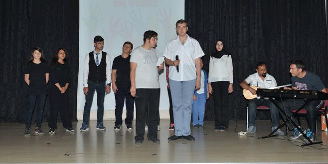 'Özel' öğrencilere Edebali'den destek