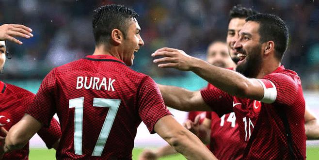Türkiye Slovenya'yı tek golle mağlup etti
