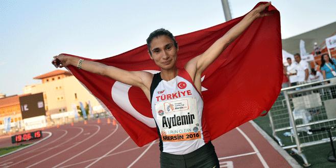 Büyükşehirli atletler Avrupa'yı fethetti