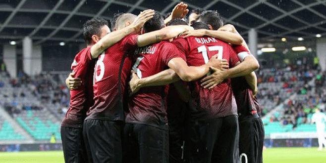 Türkiye gruptan çıkar kupayı Almanya alır!