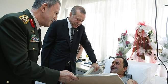 Erdoğan, Binbaşı Tetik'i GATA'da ziyaret etti