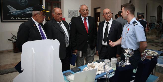 Emekli komutanlar yarım asır sonra Bursa'da buluştu