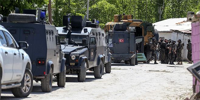 Saldırı hazırlığındaki PKK'lılar sıkıştırıldı!