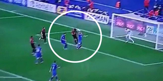Ozan Tufan'ın kaçırdığı gol saç baş yoldurdu!
