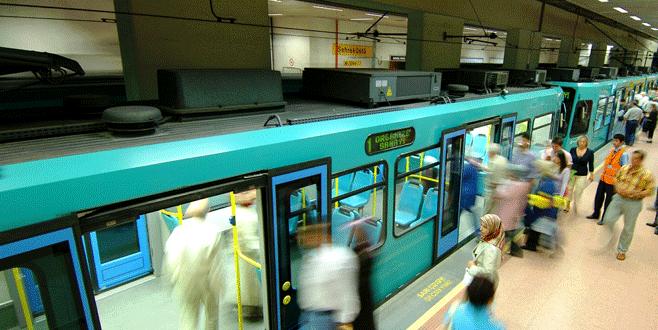 Bursa'da raylı ulaşıma otobüs takviyesi