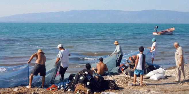 Göl balıkçılıları yarın ağ atıyor